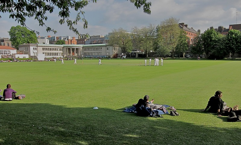 Cricket_at_TCD_with Finns_Hotel