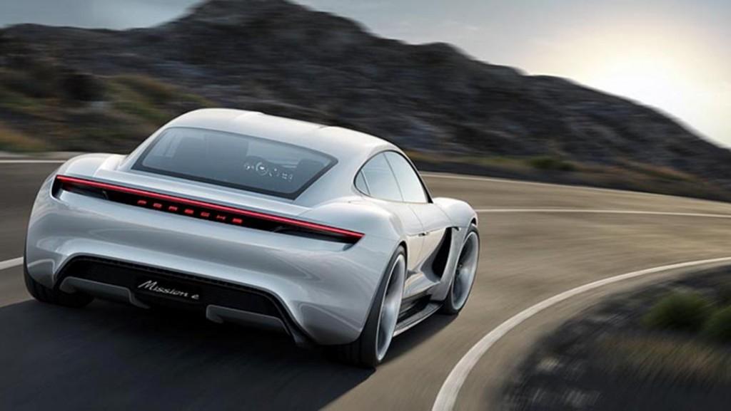 Porsche_E